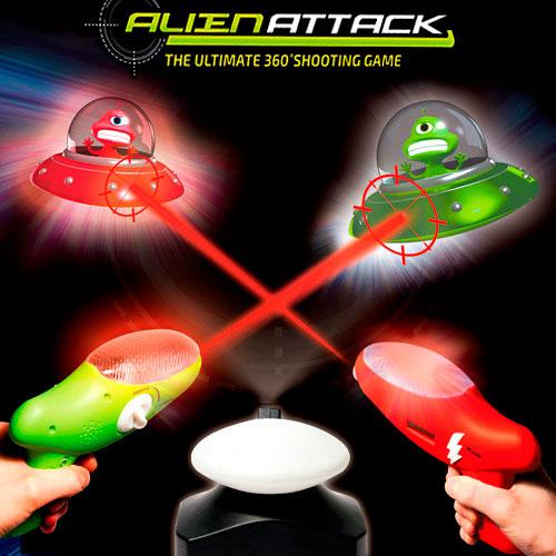 Juego Alien Attack con pistolas láser