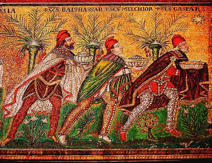 Mosaico de los Reyes Magos en la basílica de San Apolinar el Nuevo