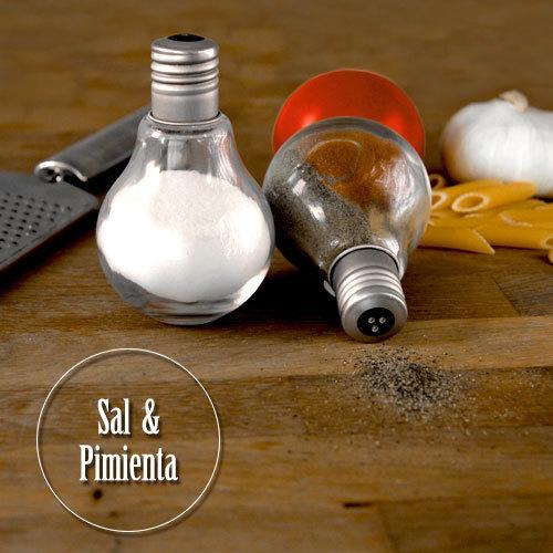 Juego de salero y pimentero bombillas