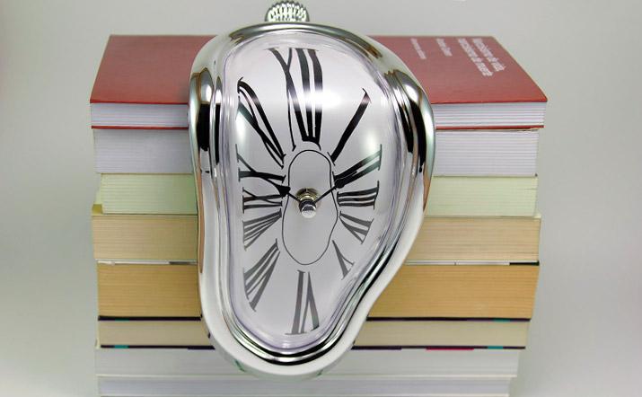 Reloj surrealista Salvador Dalí
